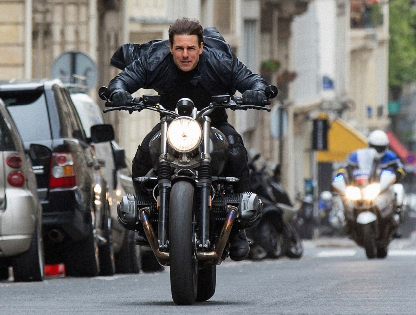 Filming for Tom Cruise's Mission: Impossible 7 moved to UK after ...