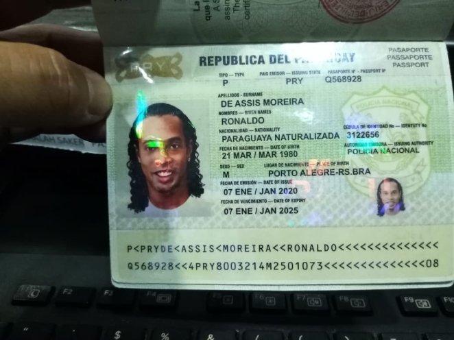 Ronaldinho was accused of using a fake Paraguayan passport