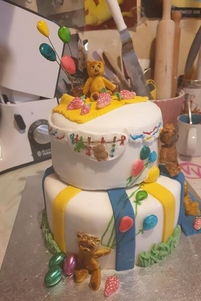 A mum was left fuming after a friend suddenly increased the price of a cake she had commissioned from £45 to £70