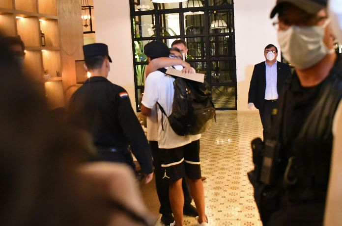 Ronaldinho hugged his loved ones when he arrived on Tuesday night
