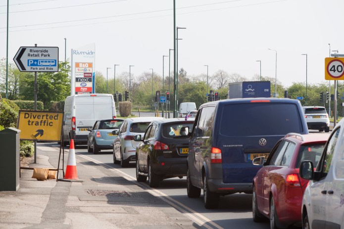Notts police estimate that at one time approximately 400 cars were lining up to pick up goods from the B&Q