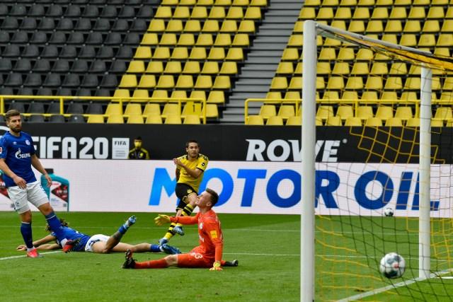 Dortmund Defeats Schalke 4-0 As Bundesliga Returns To Action Amid Covid-19 Pandemic