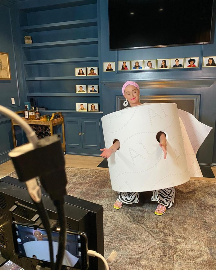 Katy Perry dresses up like a toilet roll in one of her lock themed costumes