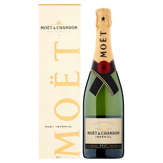 Save £54 on six bottles of Moet & Chandon Brut Imperial non-vintage bubbly at Tesco