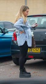 Pregnant Dani Dyer shows off her baby bump as she goes shopping with Love Island pal Georgia Steele