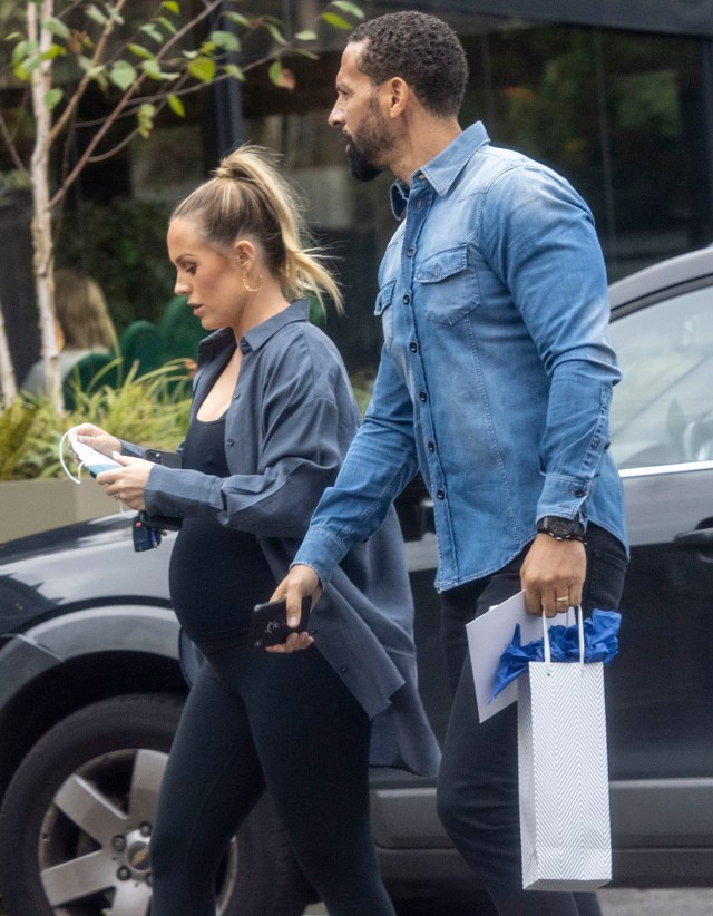 She enjoyed a relaxed lunch with friends and her husband Rio