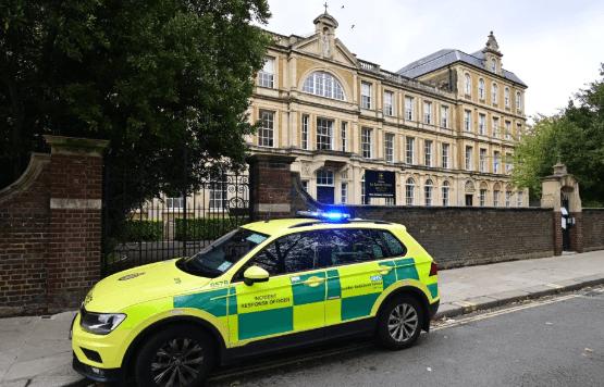 Des médecins ont été appelés à l'école catholique La Sainte Union à Highgate, au nord de Londres après que des adolescentes aient été frappées par des bonbons au cannabis