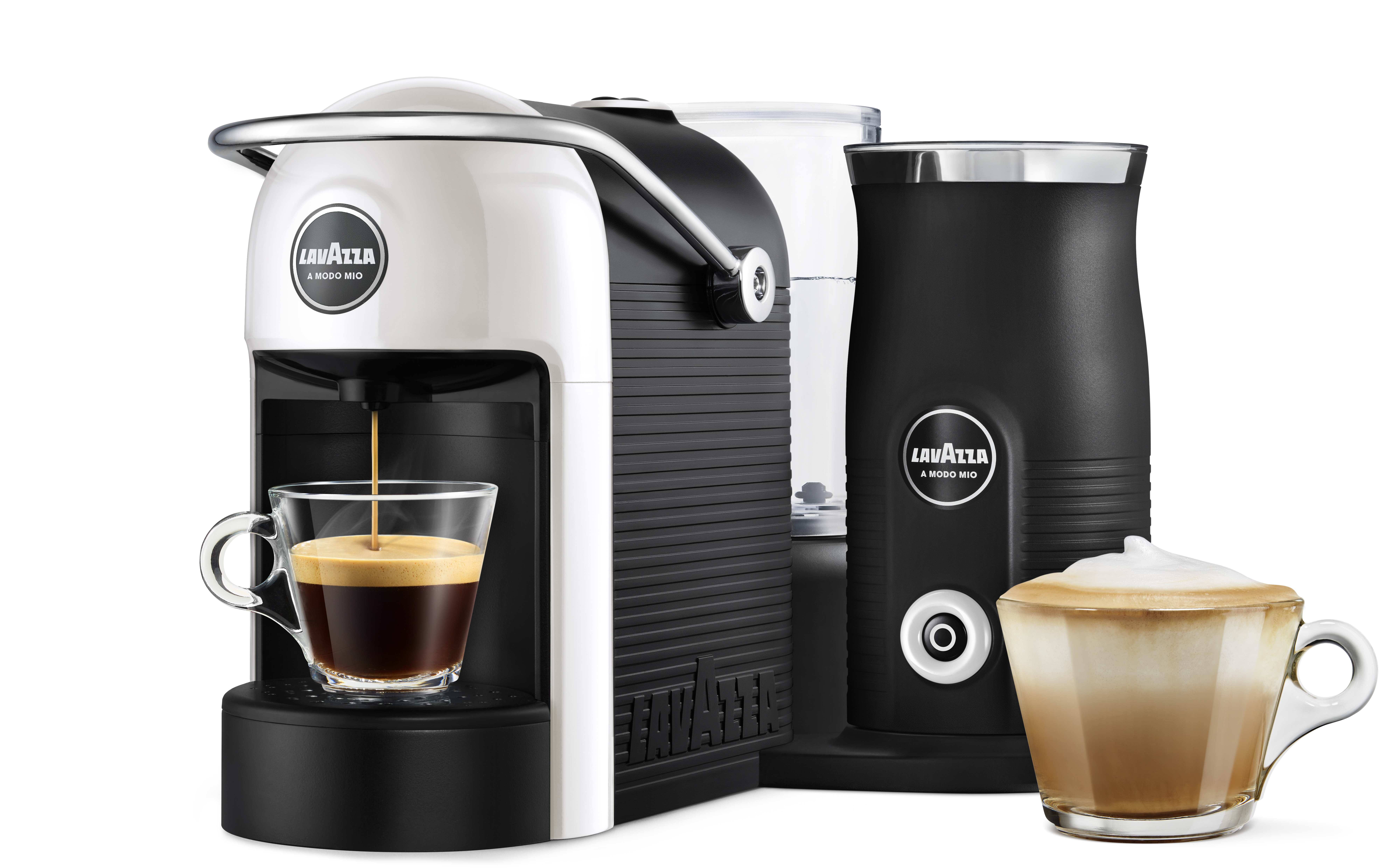 Treat someone this Christmas to the Lavazza Jolie & Milk coffee machine down from £129 to £64.50