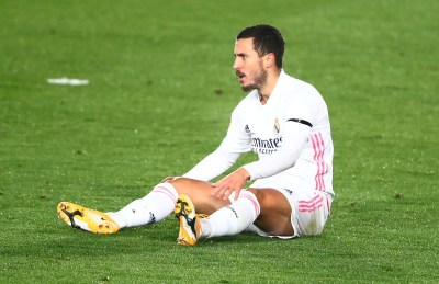 Hazard injured AGAIN as Real star goes off after just 28 minutes against Alaves