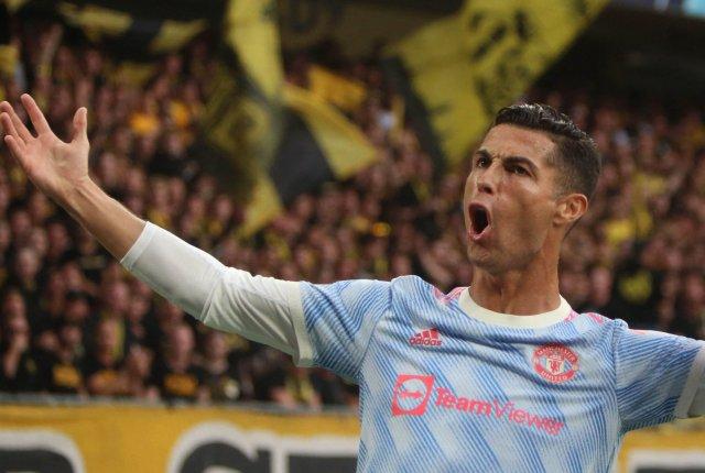 Ronaldo is now starring at Man Utd