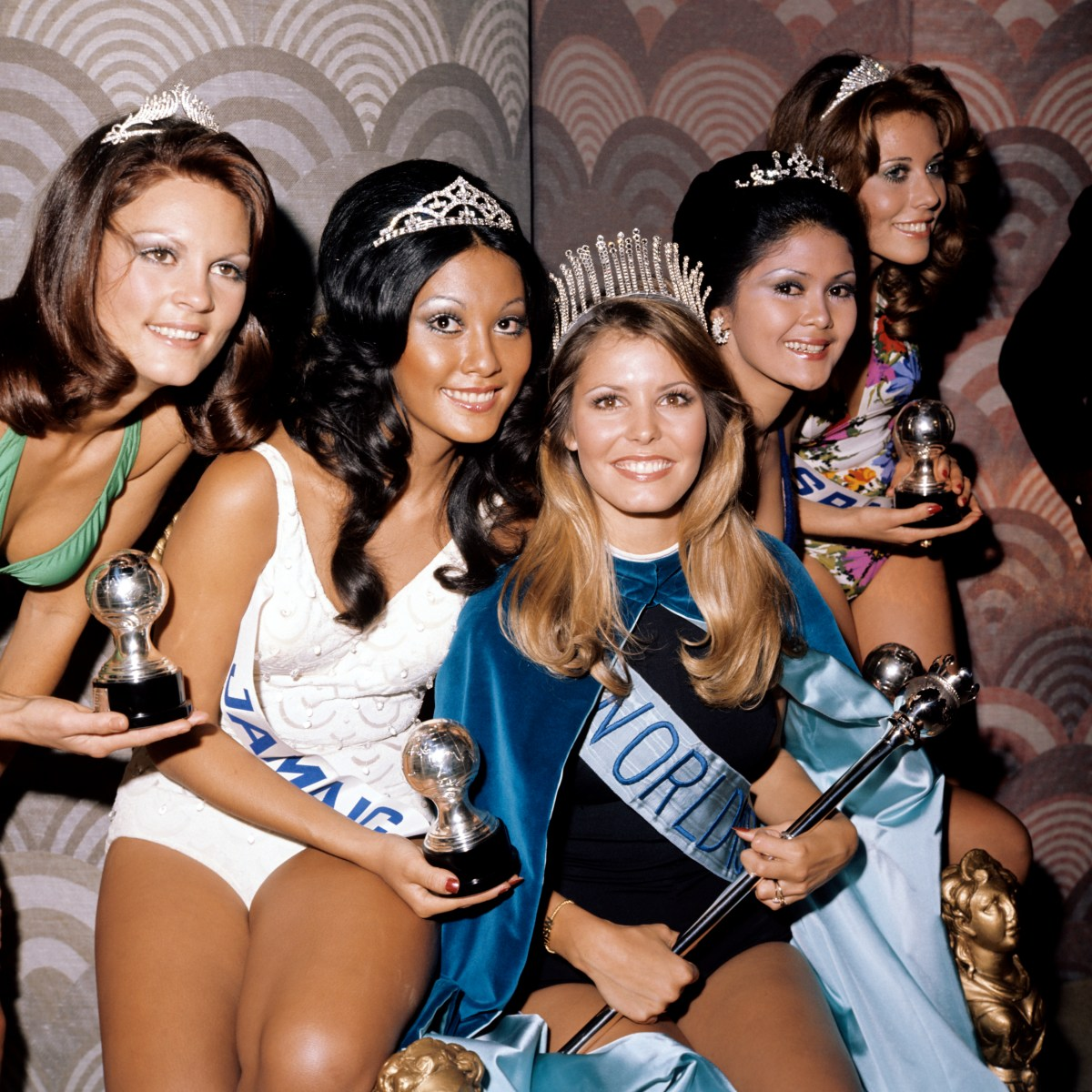 Marjorie (centre) with runners-up (l-r) Miss South Africa, Miss Jamaica, Miss Philippines and Miss Israel, after she was crowned Miss World 1973
