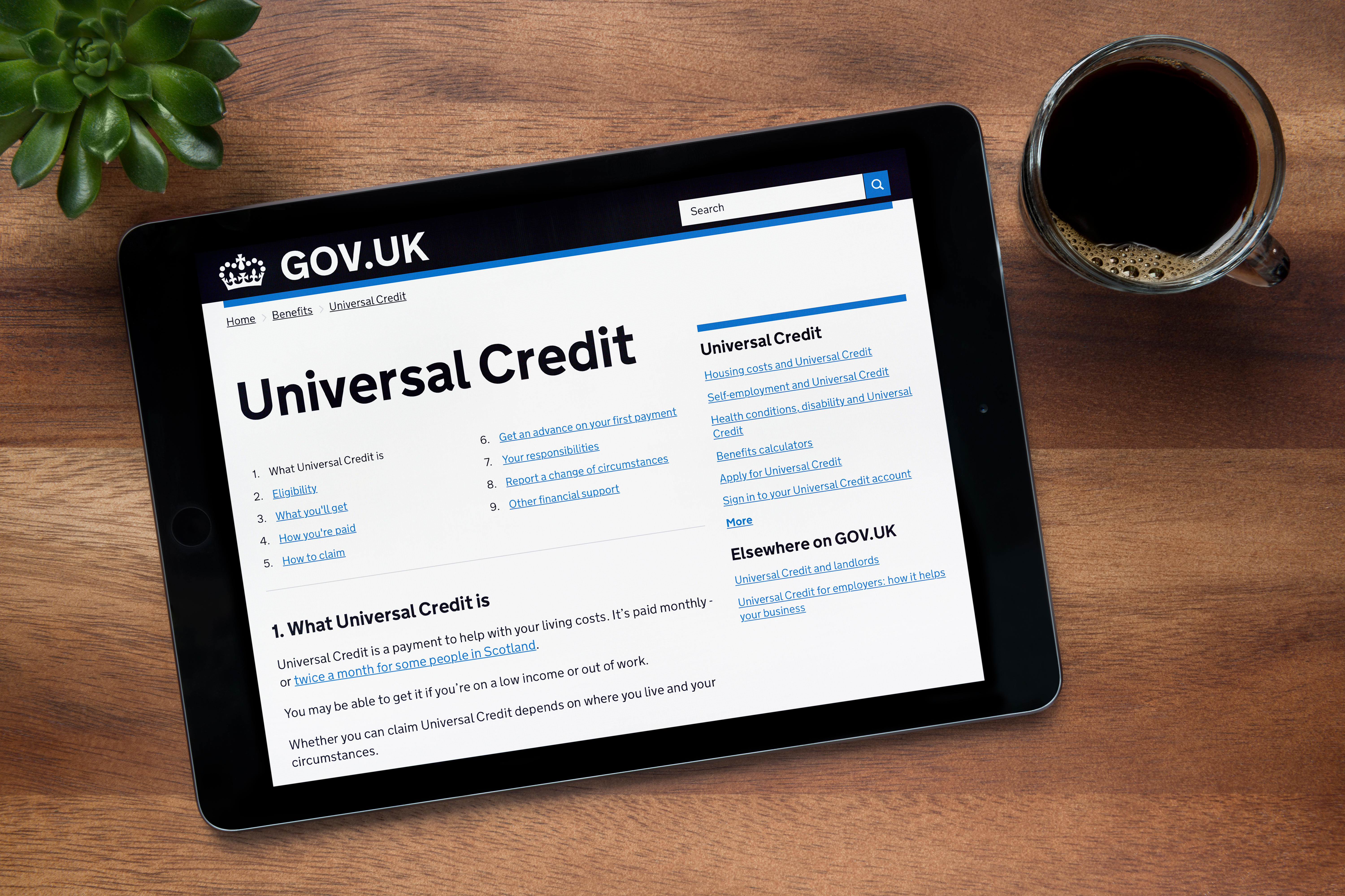 Universal Credit claimants can get a budgeting advance of up to £812 to help them get by