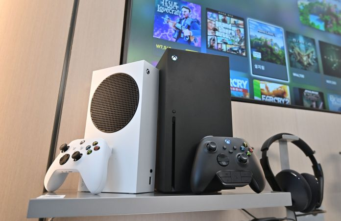 Ps5 And Xbox Series X Restocks To Hit Uk And Us This Week How To Get One