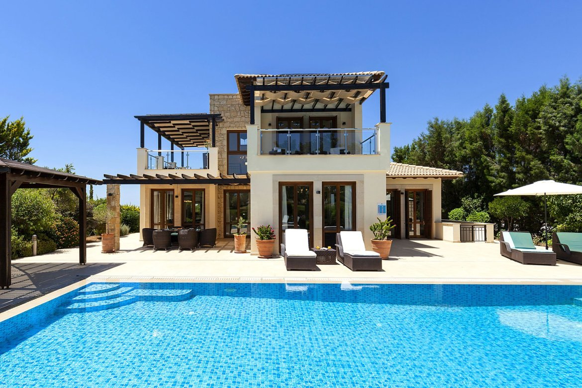 There are great deals to be had on villa holiday packages, including to Aphrodite Hills' Villas and Apartments in Cyprus