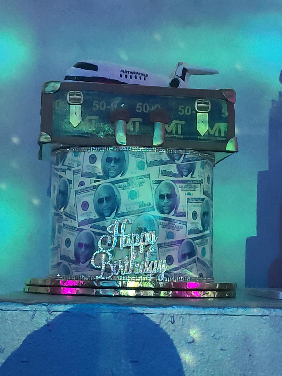 Floyd Mayweather's custom birthday cake
