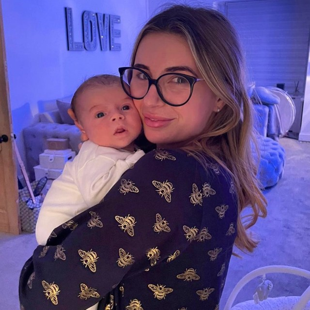 Dani Dyer is renting out her stunning Essex flat where she spent her first special months with baby Santiago