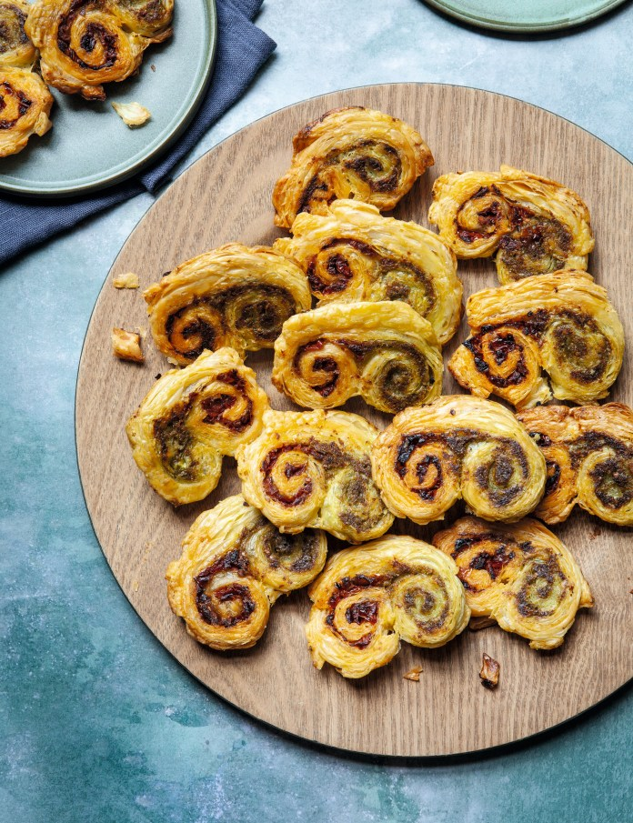 These tomato & pesto palmiers are sure to be a hit with the whole family
