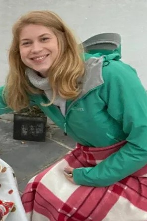 A serving Metropolitan Police officer has been arrested in connection with the disappearance of Sarah Everard, 33