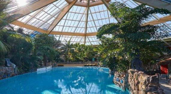 Kids will love the amazing water slide and pools at Center Parcs