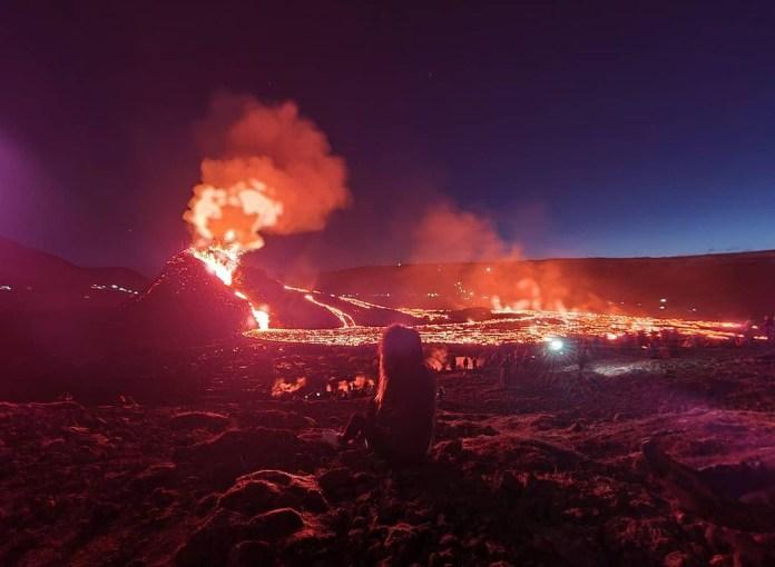 Burning hot lava spews from Fagradalsfjall
