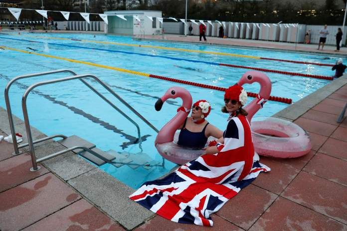 Open air swimming pools can reopen as outdoor sport resumes