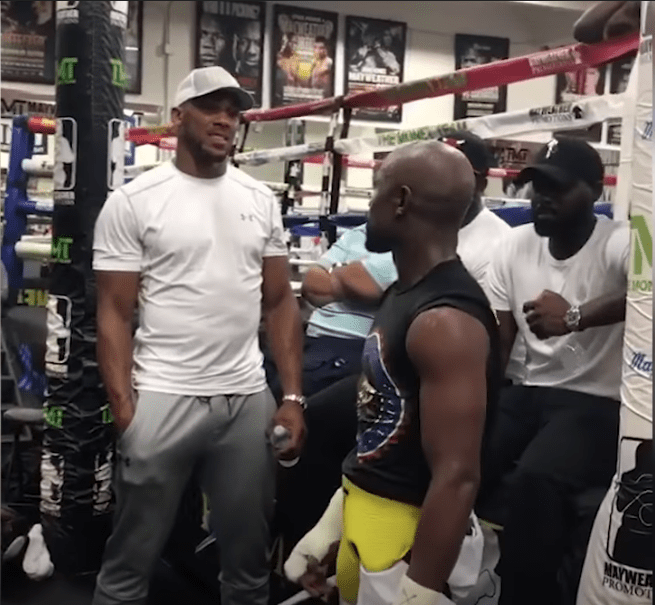Anthony Joshua in Floyd Mayweather's gym