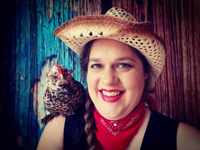 Jessie Sheddon has written a book, Fluffybutt Love, about the healing power of chickens
