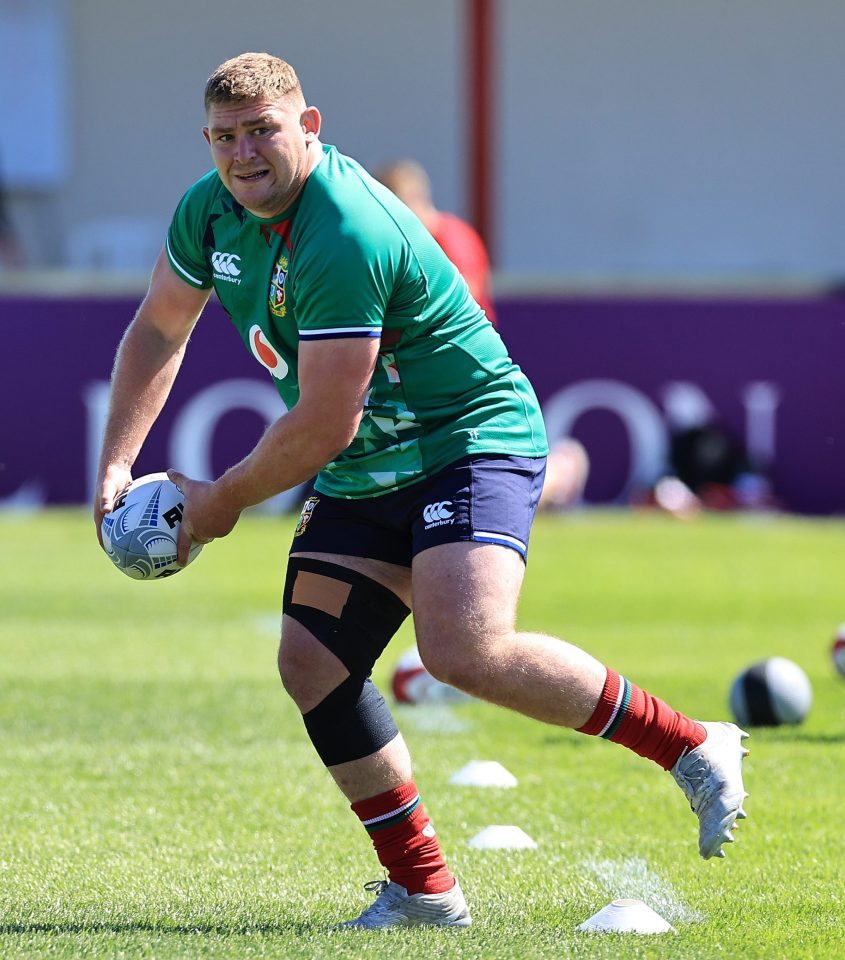 Tadhg Furlong has a new rugby friend