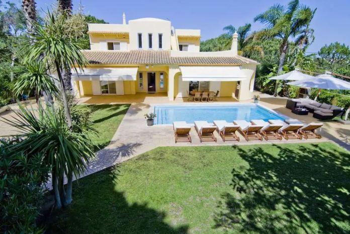Katie stayed in this luxurious villa