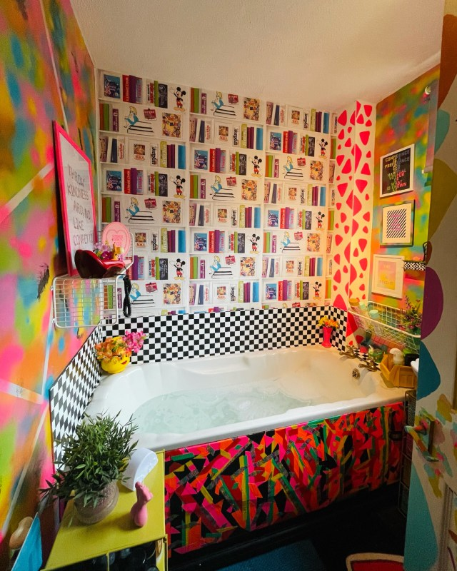 Tash wanted to turn her neutral space into a 80s dream