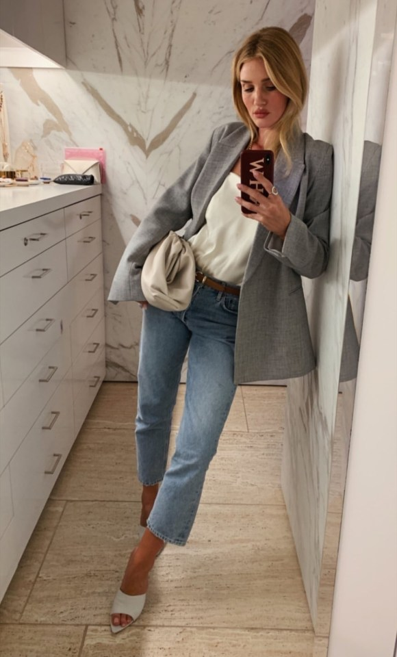 Rosie Huntington-Whiteley is a fan of the laid-back look