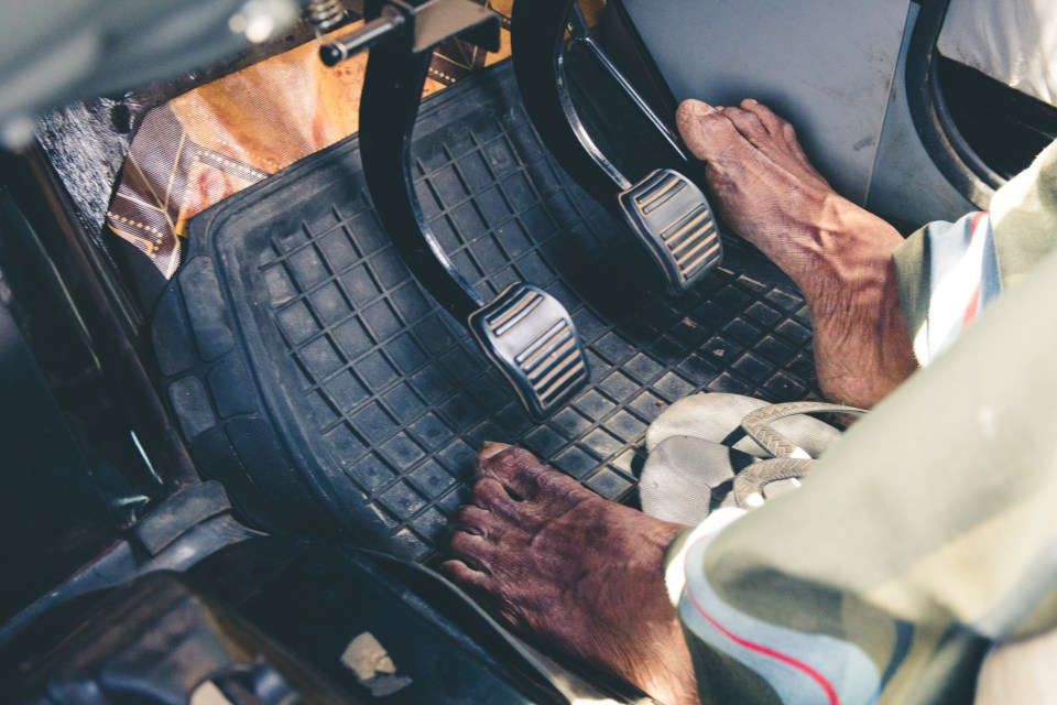 While driving barefoot has its risks it is not illegal