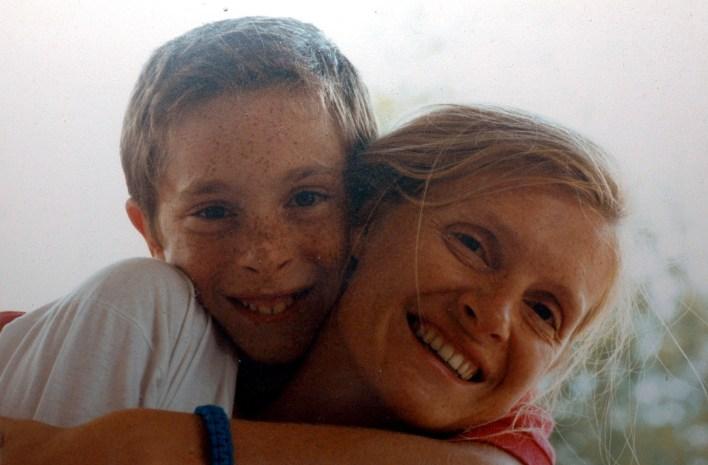 Pierre-Louis, annesi vefat ettiğinde henüz 15 yaşındaydı.