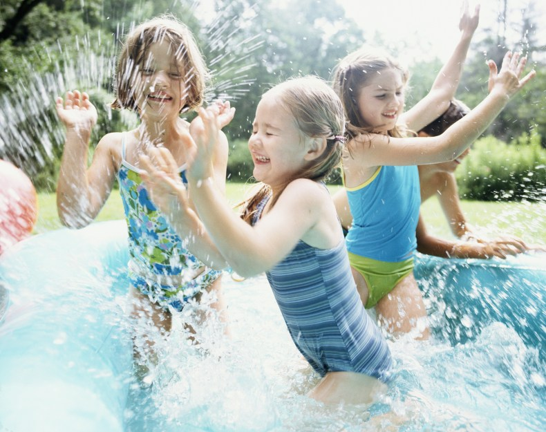 You can prevent paddling pools from being unhygenic