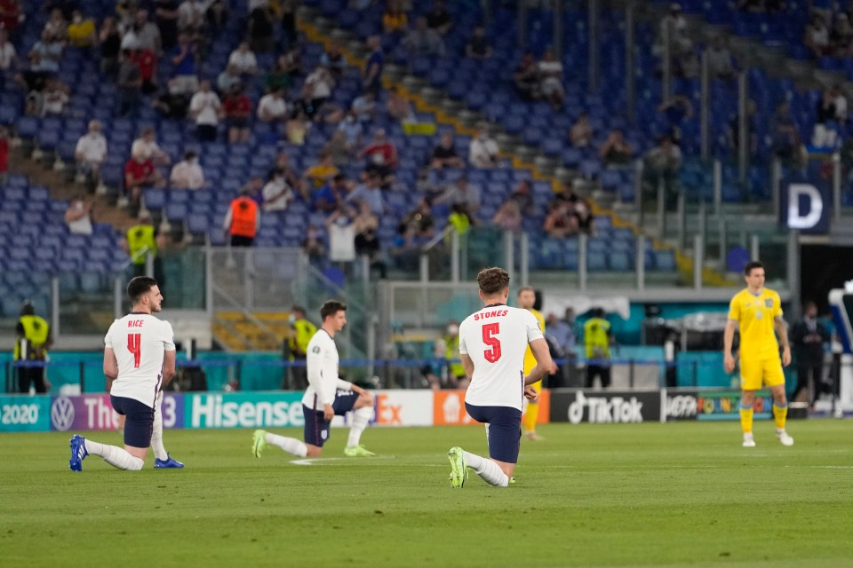 England players took a knee before the game as they have all tournament with Ukraine a little too eager to get the match underway
