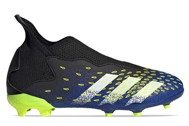 Save £25.99 on a pair of Adidas Predator Freak .3 laceless children's FG football boots at sportsdirect.com