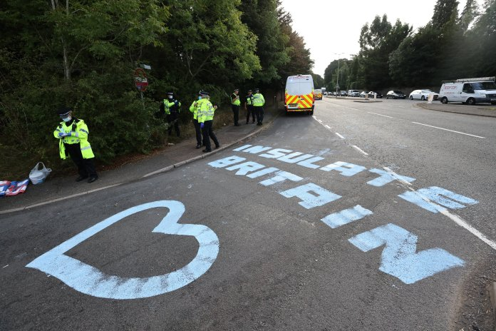 Paint the ground as Insulate Britain protesters used M25 .  tried to block