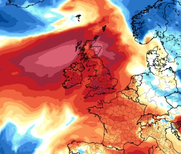 1,000-mile-wide 'heat dome' is bringing warmer temperatures to the UK this weekend
