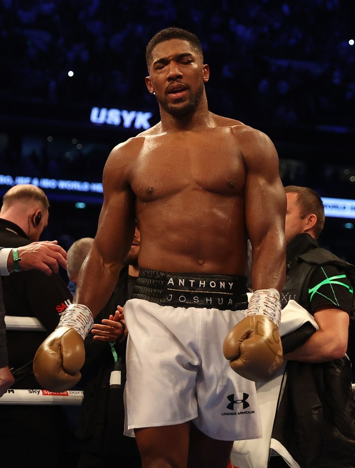 Joshua struggled towards the end as his opponent took possession in the latter round.