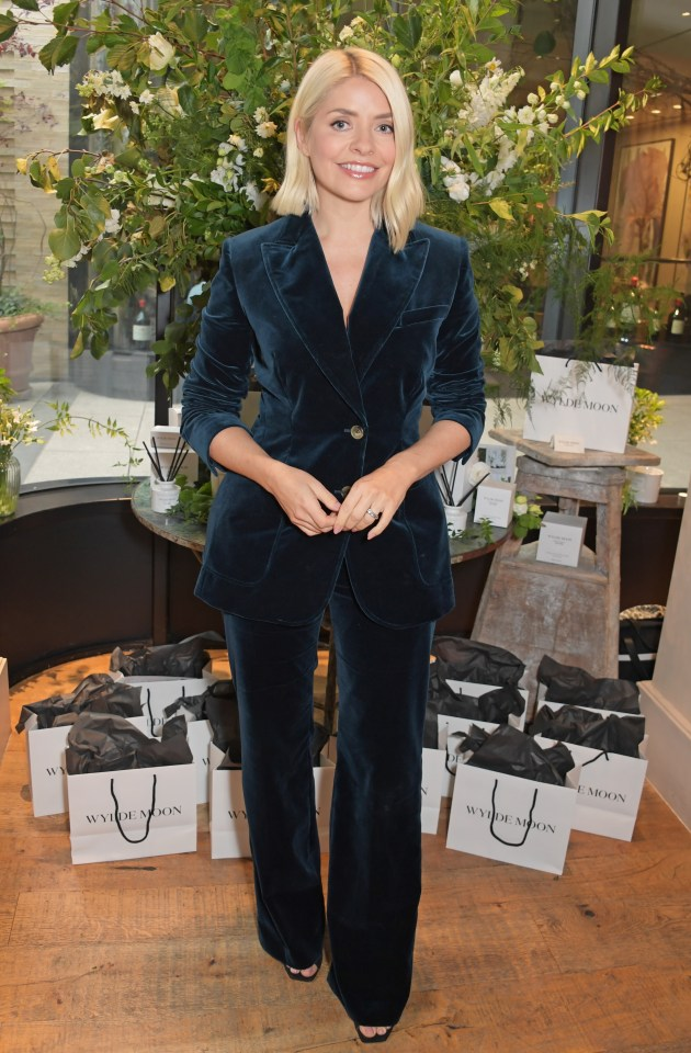 Holly Willoughby looked stunning as ever at the Wylde Moon website launch