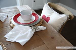 valentine\'s-tablescape-4