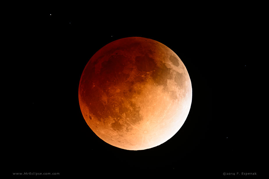 Total Lunar Eclipse of April 15, 2014 from http://www.mreclipse.com/LEphoto/TLE2014Apr/TLE2014Apr-1145.html