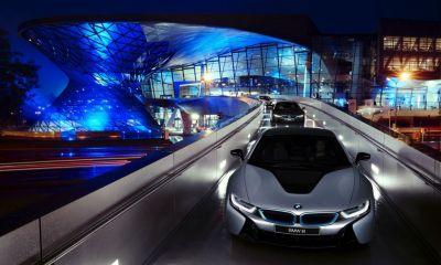 BMW i8 deliveries begin