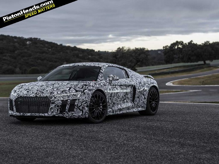 New Audi R8 front