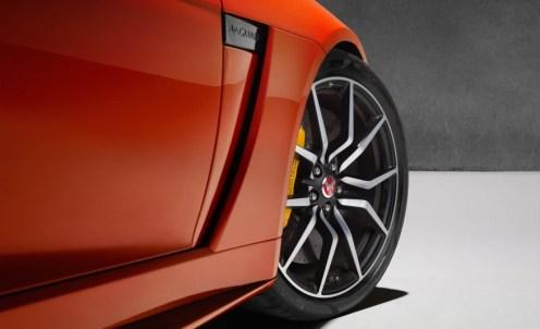 Jaguar F-Type SVR Coupe-2016 Geneva Motor Show-128