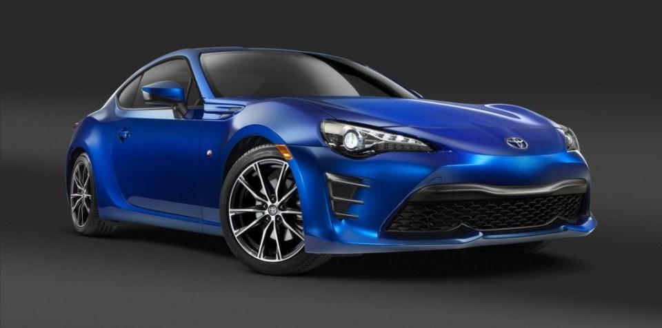 2017 Toyota GT86- 2016 NY Auto Show-1
