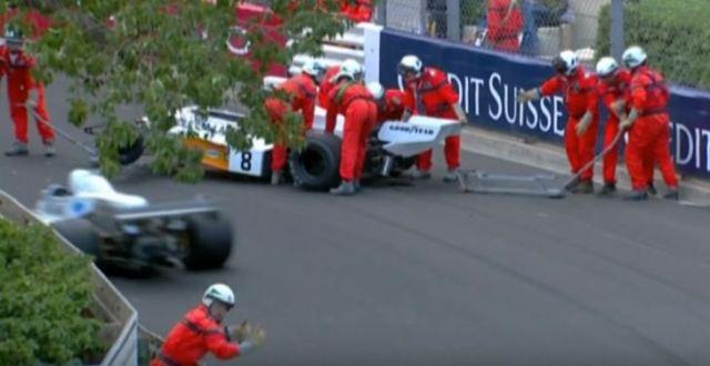 Crane drops McLaren F1 car during Monaco Vintage GP