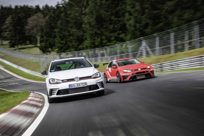 VW Golf GTI Clubsport S- FWD Nurburgring Record-4