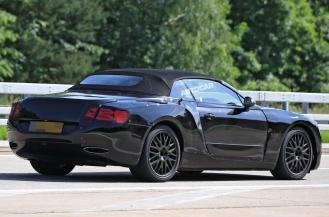 2018 Bentley Continental GT Convertible-spy shots-3