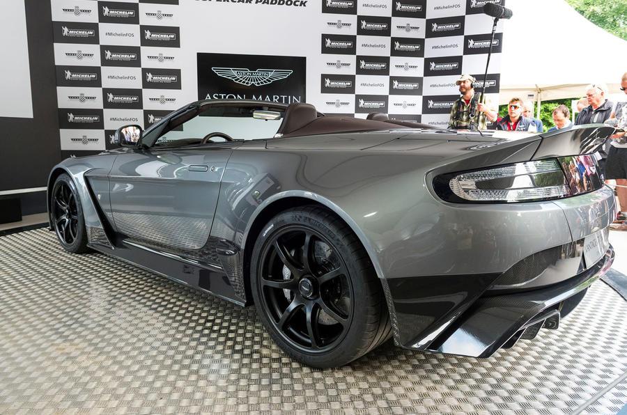 Aston Martin Vantage GT12 Roadster-6
